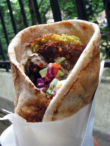 Lebanese-style Falafel (uses chick peas and fava beans) // warning to myself : do not use too much salt (like half a teaspoon would do, i don't like salt anyway)