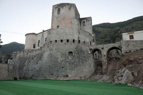 Castello di Venafro - Venafro's Castle. 41°29′00″N 14°03′00″E