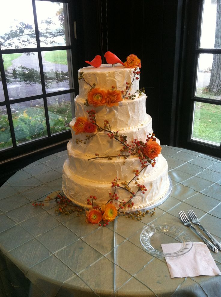 49 Best Non Traditional Seasonal Or Themed Wedding Cakes