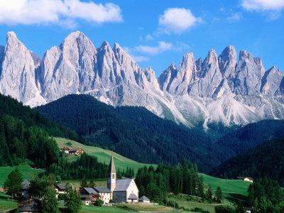 Santa Maddalena with Mt. Odle, Dolomites, Sciliar Natural Park, Trentino-Alto-Adige, Italy