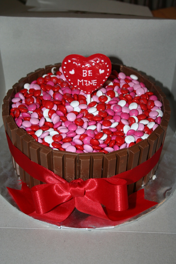 17 best images about valentines day cakes on pinterest for Valentine cake recipes with pictures