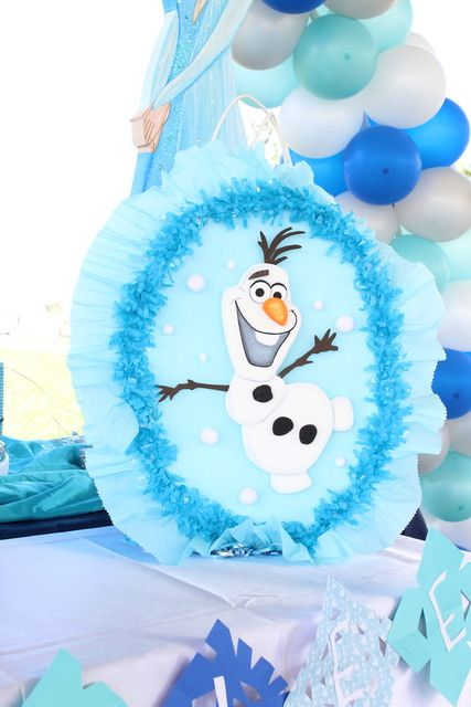 Olaf decorations at a Frozen birthday party!  See more party ideas at CatchMyParty.com!