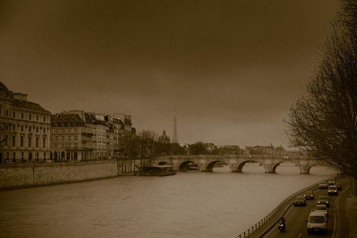 Paris  by Katherina01