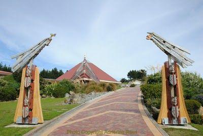 Introducing Maori Lifestyles: March 2011Te Rau Aroha Marae at Bluff