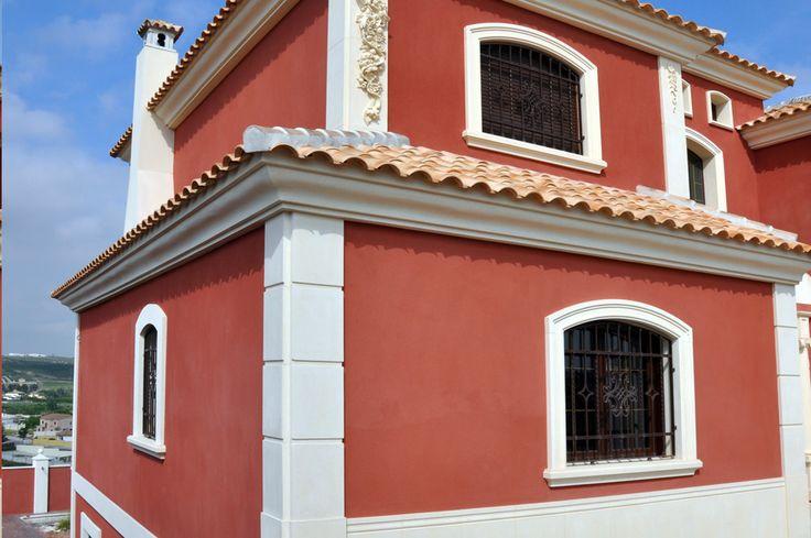 Pilastras de siller a y recercados con molduras de piedra - Molduras para ventanas exteriores ...