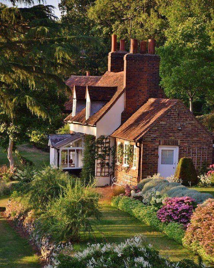 Oltre 25 fantastiche idee su case inglesi su pinterest for Case in stile cottage sulla spiaggia