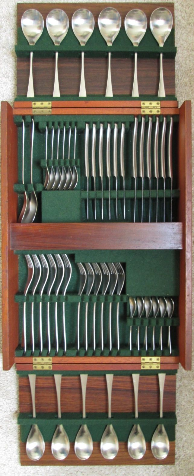 1960s stylish Alveston 50 pc flatware / cutlery designed by Robert Welch for Old Hall, in original teak / rosewood canteen by SCALDESIGN on Etsy