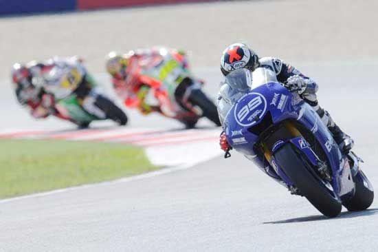 Warna Baru Motor Biru Jorge Lorenzo MotoGP 2012 Sirkuit Misano