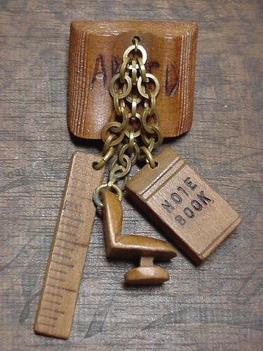 1940S WOOD CHARMS SCHOOL PIN MINIATURE ABC BOOK, RULER,CHAIR, NOTEBOOK