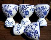 Vintage 40s Egg Cups Set of Four