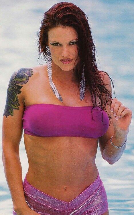 Amy dumas nude pic