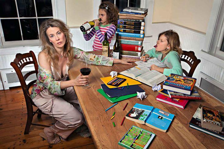Mother Shows of Her Brilliant Dark Sense of Humour in Family Photos - BlazePress