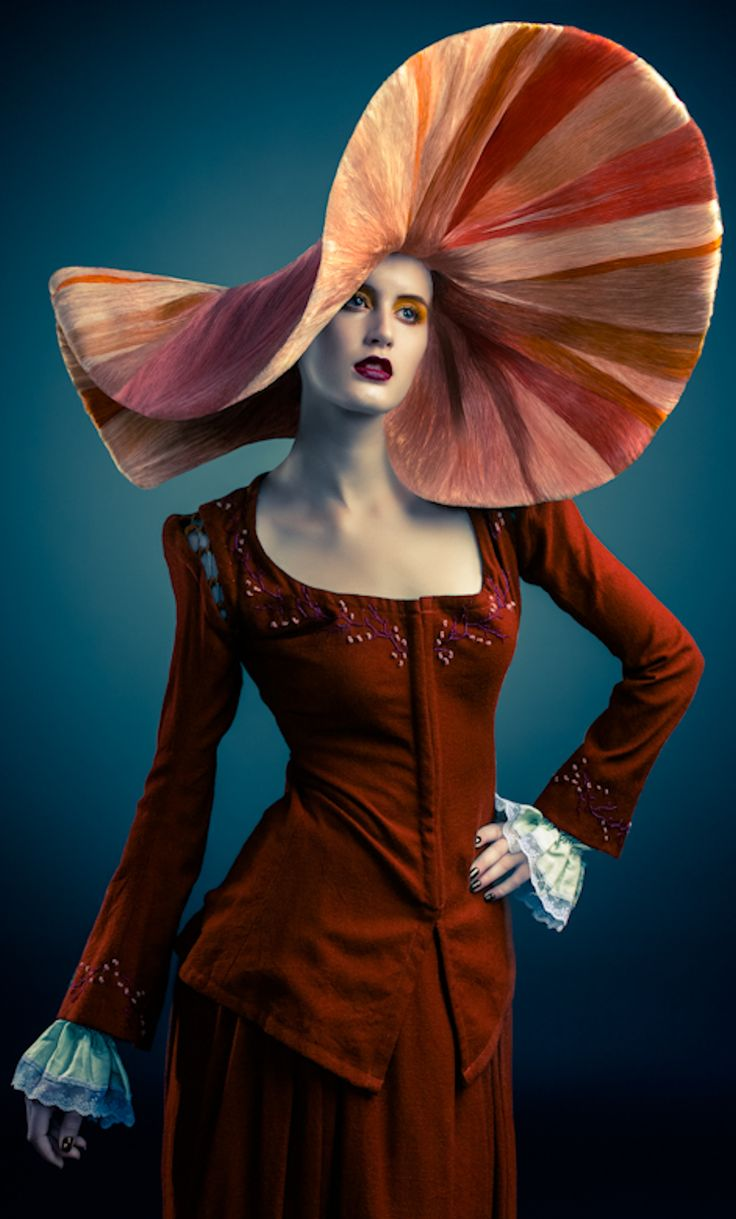 Extraordinary hat | The House of Beccaria