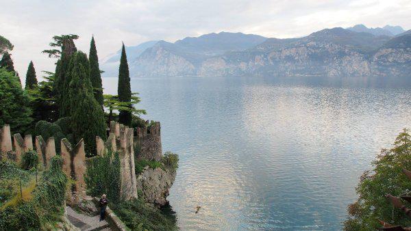 Szeretem Olaszországot, voltam már sok helyen az országban, de ha csak egy dolgot emelhetek ki, ami a legjobban tetszett, az a Garda-tó lenne.