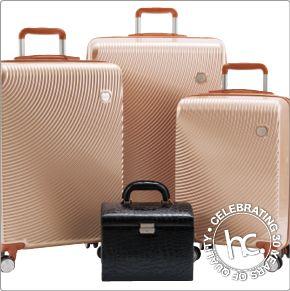 Pearl luggage set