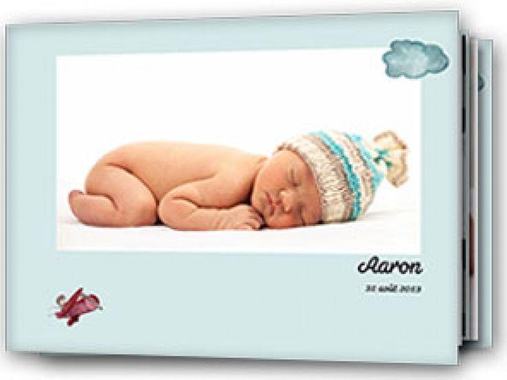 album photos naissance d collage imm diat personnalis avec les photos de b b gar on livre. Black Bedroom Furniture Sets. Home Design Ideas