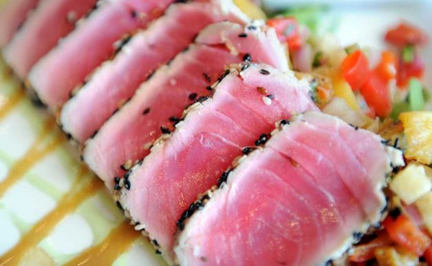 Here's a tuna recipe that any restaurant would be jealous of and so easy to make that you'll impress your friends and family!