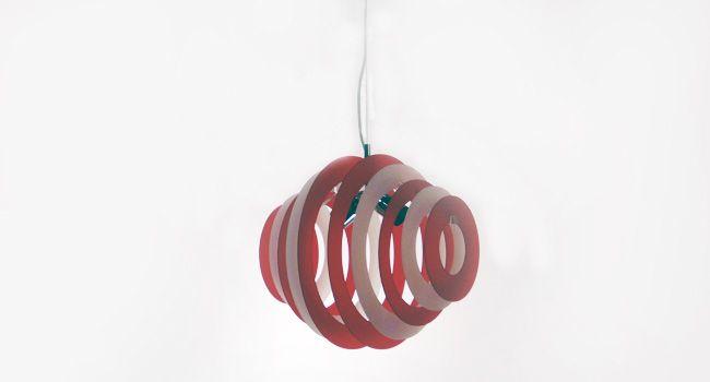 glamour / 2 tondo  Sospensione in plexyglass disponibile nei colori bianco - rosso - nero - specchio - grigio - celeste - arancio - verde - viola - glicine - giallo    SCHEDA TECNICA  Dimensioni: d. 40  Portalampade: 2 x E27 max 60w
