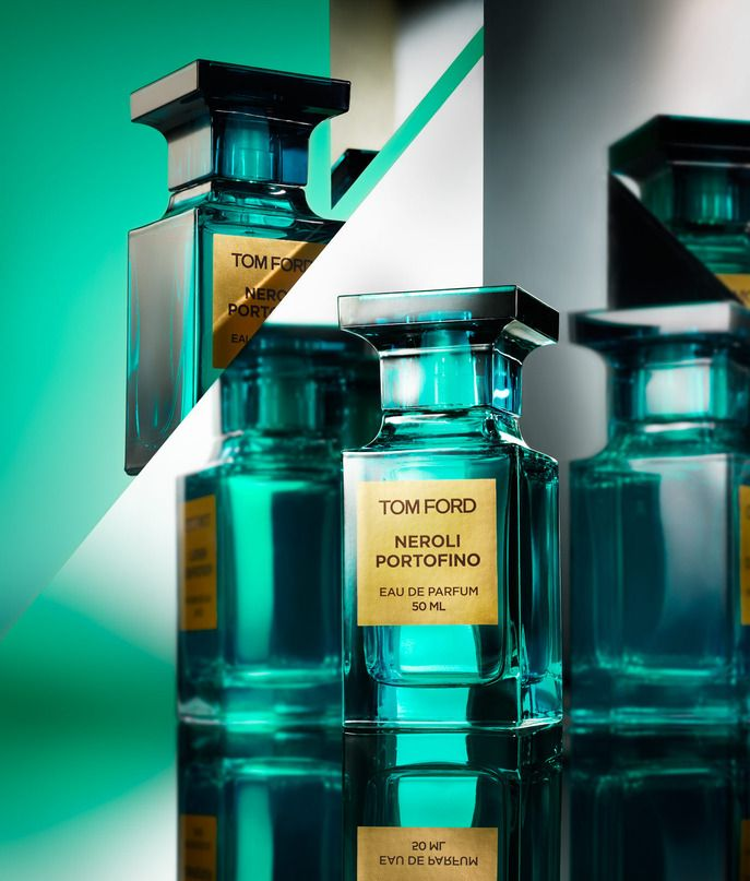 TOM FORD NEROLI PORTOFINO - Smells like the beach! (and its in Color of the Year Emerald)