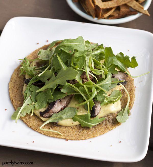 Tostada vegetarian mushroom-free with arugula and avocado cream with 3 ingredients   – Gut