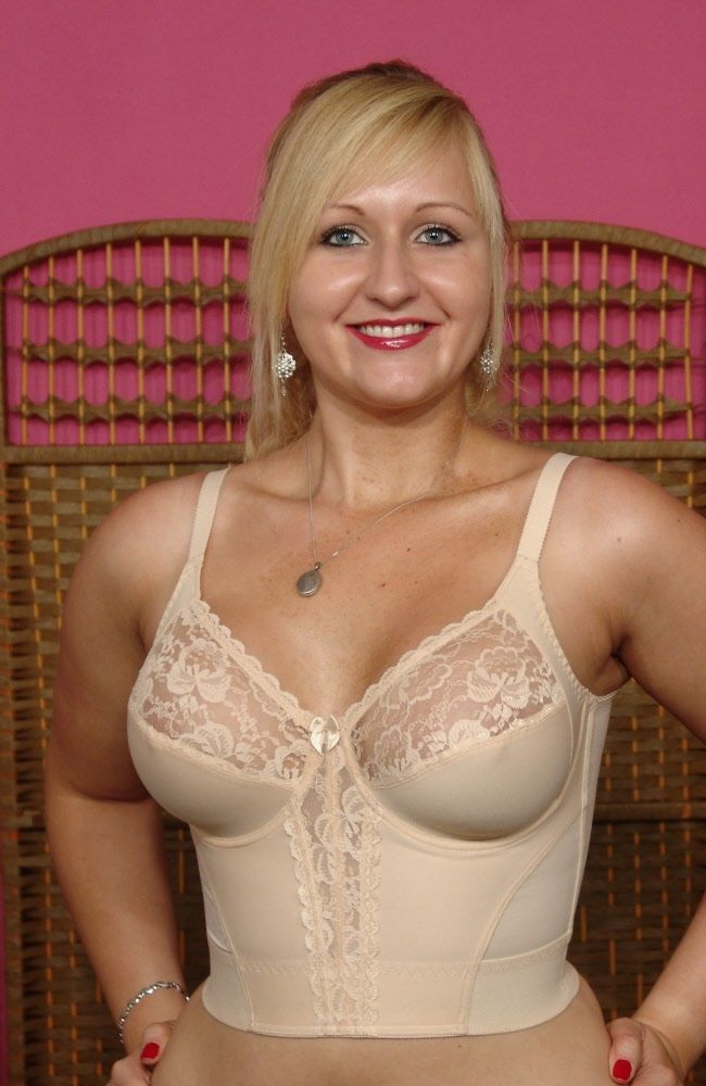 Nude wife photo share