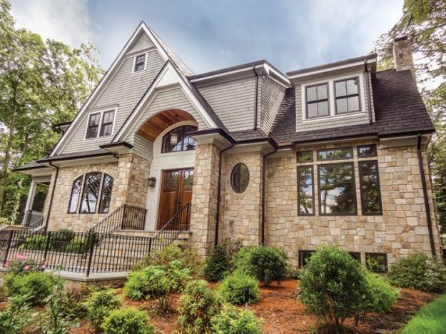 Pin By Rebecca Smith On Curb Apeal Brick Exterior House Stone Front House Gray House Exterior