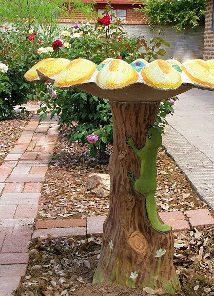 78 best images about painted bird baths and bird feeders for Making a concrete birdbath
