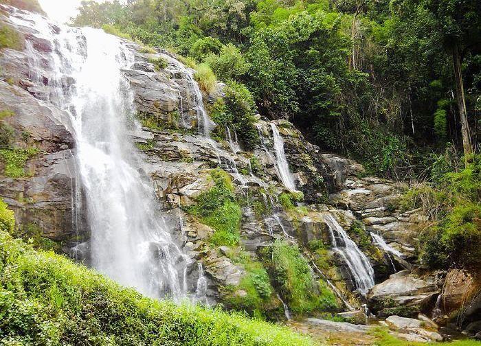 Wachirathan Waterfall, Doi Inthanon National Park #DoiInthanon #Nationalpark #ChiangMai #Thailand #Asia #Travel #Vacation #Trip #holiday #journey #adventure #nature #waterfall