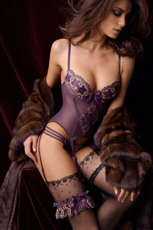 I love the lingerie, love the mink fur...Fashion, Purple, Corsets, Boudoir, Beautiful, Sexy Lingerie, Fur, Sexylingerie, Honeymoons Lingerie