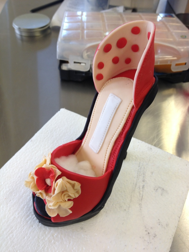 Red high heel shoe idea