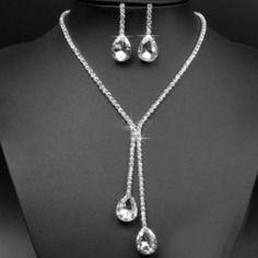 Parure bijoux strass pour mariage fantaisie femme moderne cérémonie mariée
