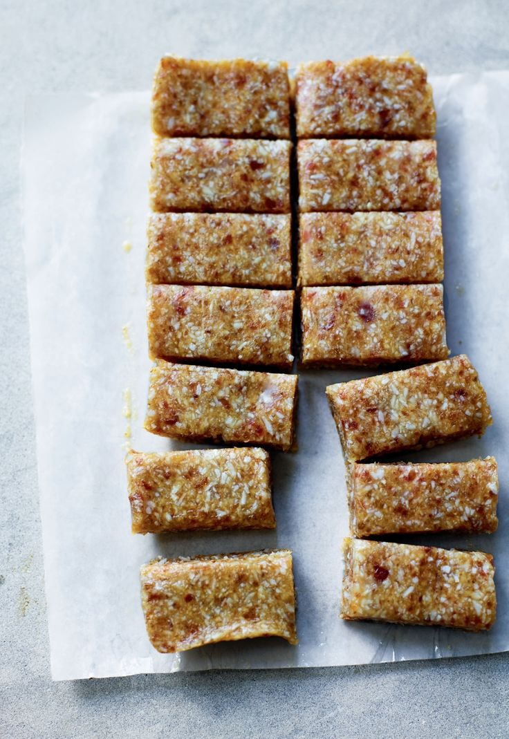 Salted Tahini and coconut fudge 60 g Tahini 150 g Soft pitted Medjool Dates 2 tbsp Maple Syrup 80 g Finely Desiccated Coconut 1 ½ tbsp Raw Coconut Oil 1 pinch Of Salt
