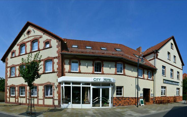 City Hotel Welzow Hans-Michael Jentsch Poststraße 10 03119 Welzow http://dld.bz/e54uh