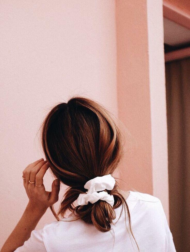 10032 P I N T E R E S T Annaxlovee 10032 Love Theses Colors White Scrubbier Pink Against Pink Wall Hair Styles Hair Hair Makeup