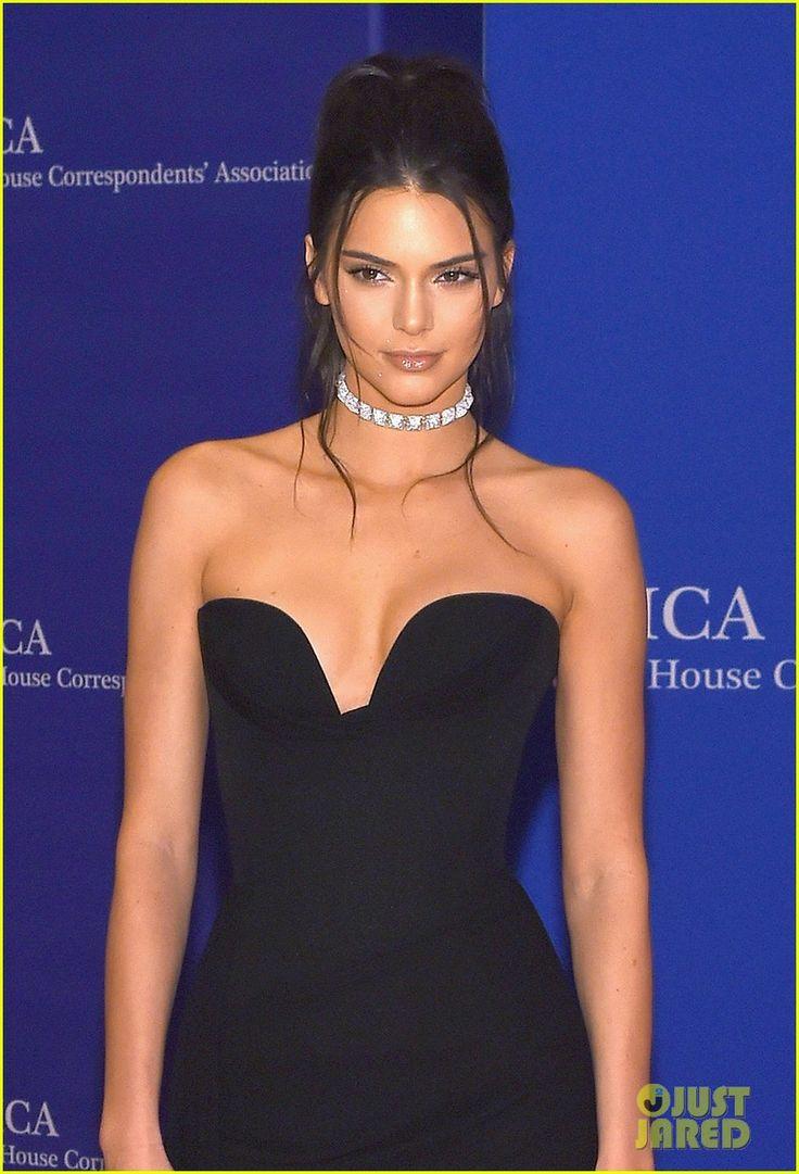 Iluminador pontos Kendall Jenner Makes Elegant Arrival at WHCD 2016   kendall jenner arrives whcd carpet 02 - Photo