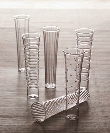 Roost Dainty Flutes from EaarthieModern.com. The perfect way to celebrate any occasion.