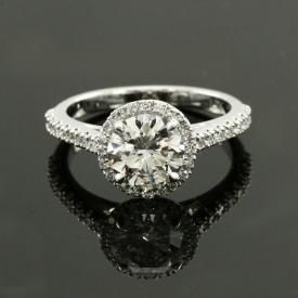 Round diamond custom engagement ring
