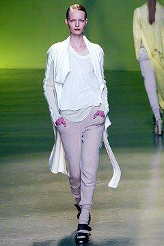 Rick Owens Fall 2004 Ready-to-Wear Fashion Show - Ksenia Maximova (CITY)