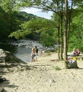 Kleine camping aan de Ardèche, Frankrijk