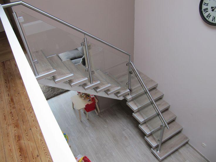 25 beste idee n over trap hekje op pinterest baby poorten baby poorten trappen en - Deco entree met trap ...