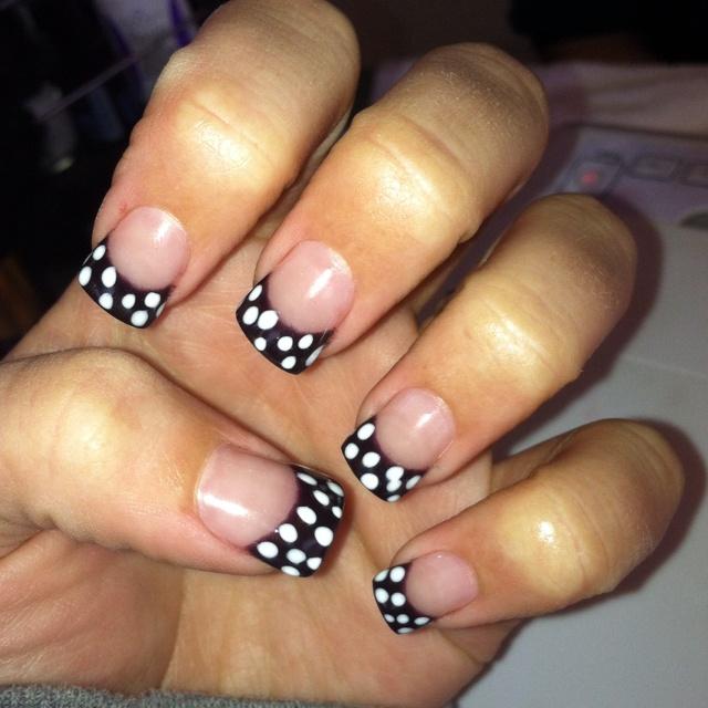 .: Toe Ideas, Polka Dots, Pokie Dots, Mani Pedi, Fingers Paintings, Girly Stuff, Pretty Nails, Dots Nails, Cuti Nails