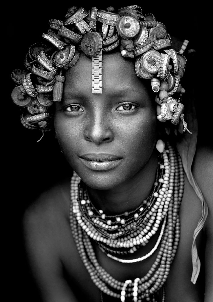 Africa | Dassanech girl from the Omo Valley, Ethiopia | © Eric Lafforgue