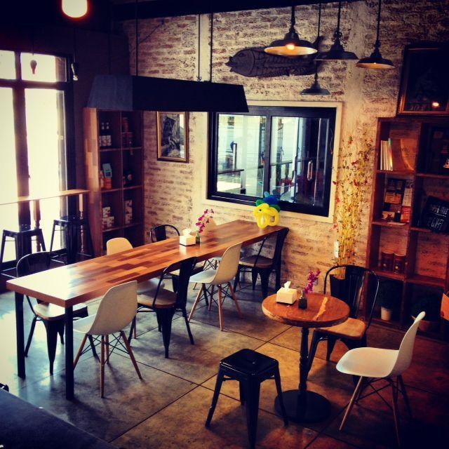 Noah's Barn, cafe