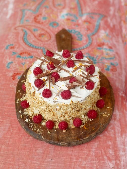 summer panettone cake - Cake with icing, but saving it for Rossana since she loves pannettone so much.