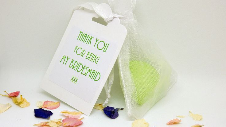 Gorgeous smelling wax melt favours are perfect for a summer wedding, https://www.pinterest.co.uk/lubyludesigns/
