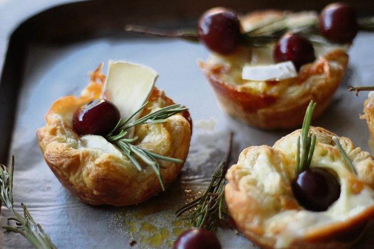 Resep: Camembert-tertjies met geroosterde kersies en roosmaryn | Netwerk24.com