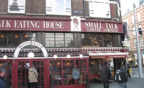 Small Talk Coffee Corner - voor eerlijk broodje rosbief en een lekkere cappuccino