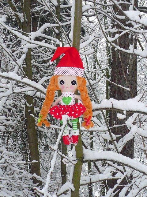 Vánoční panenka s copy fialová hračka hračky copánky textilní panenka hadrová panenka bábika látková panenka šitá panenka dárek pro holčičku bavlněná panenka antialergenní panenka dárek pro miminko rag doll textile doll fabric doll cloth doll gift for girl gift for baby handmade doll