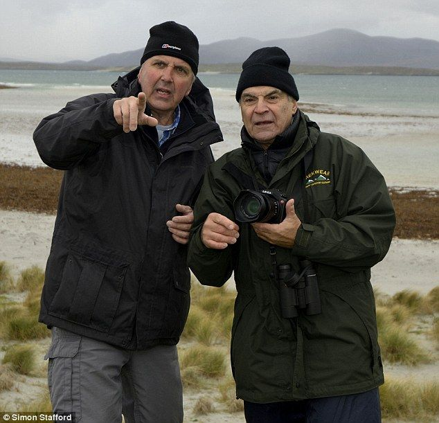 David Suchet launches our wildlife photography contest   Daily Mail Online