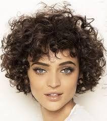 Risultati immagini per tagli per capelli ricci